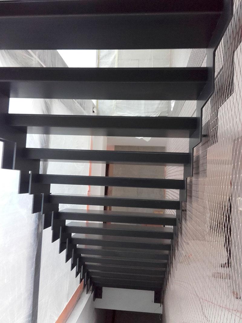 01-escaliers-02