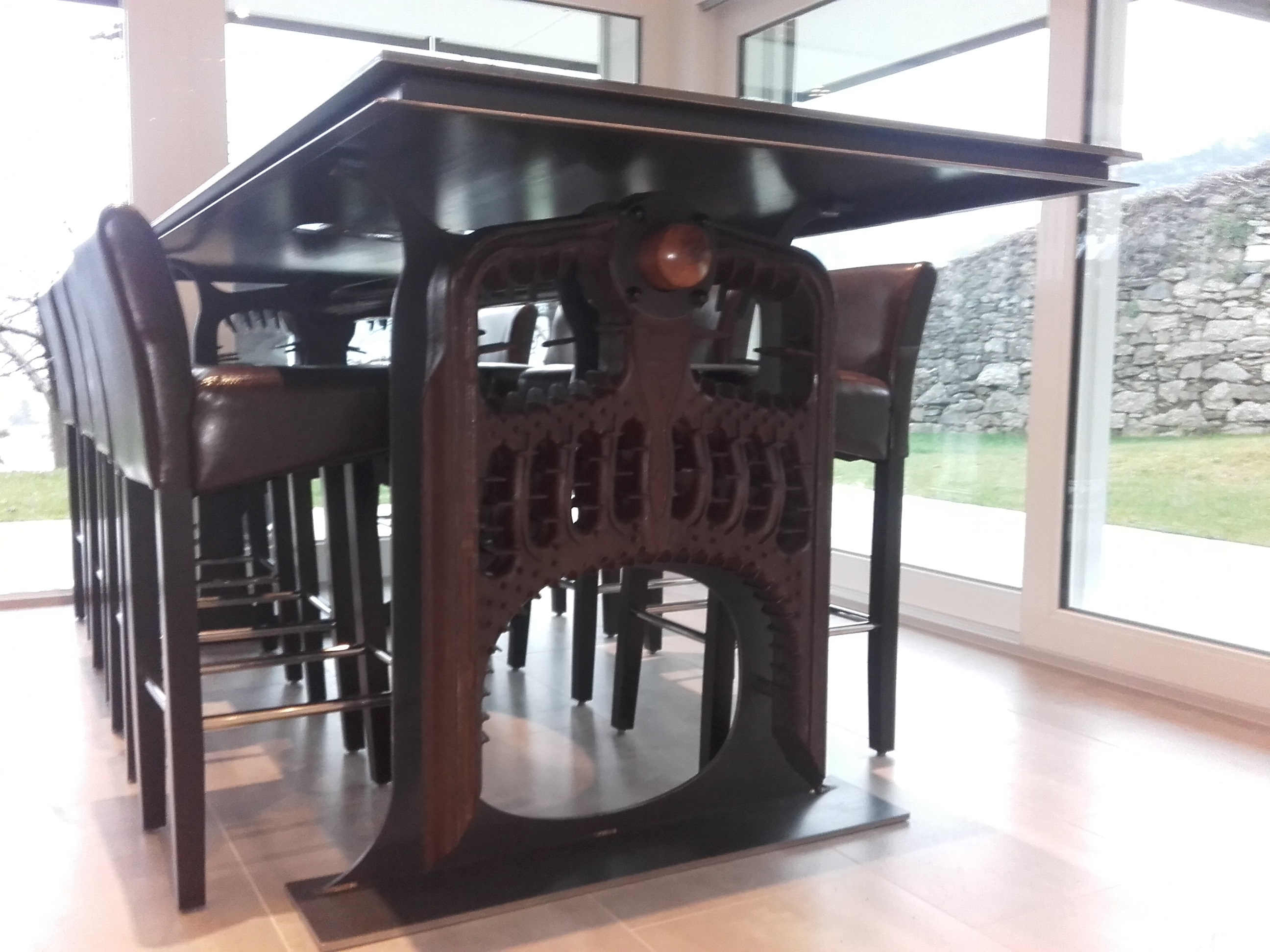 11-tables-design-05