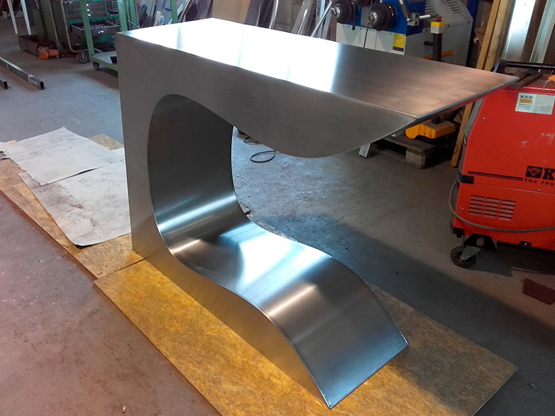 13-tables-design-02
