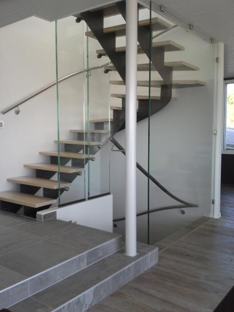 02-escaliers-01